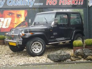 jeep-wrangler-suv-terreinwagen-benzine-zwart-001--67403839-Medium