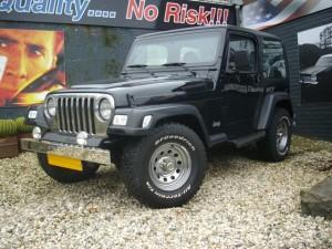 jeep-wrangler-suv-terreinwagen-benzine-zwart-005--69589177-Medium